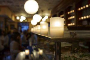 El Diario luciendo ala luz de las velas Ambientair